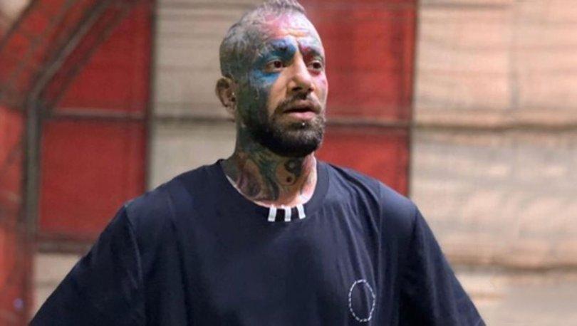 Kırmızı bültenle aranan şarkıcı Amir Hossein İstanbul'da gözaltına alındı
