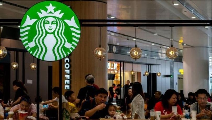 Koronavirüs salgını: Starbucks, Çin'deki 2000 şubesini kapattı