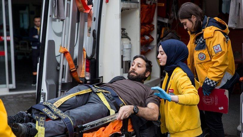 SON DAKİKA HABERİ! Beyoğlu'nda otomobiline binmeye çalışan kişiye silahlı saldırı!