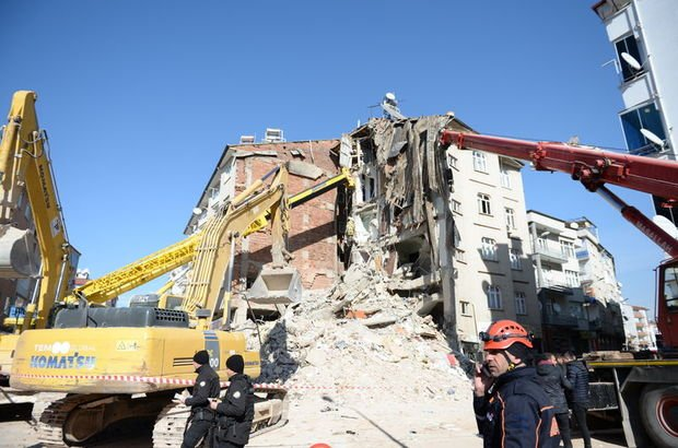 Depremde yıkılan her bina için 7 ayrı soruşturma!