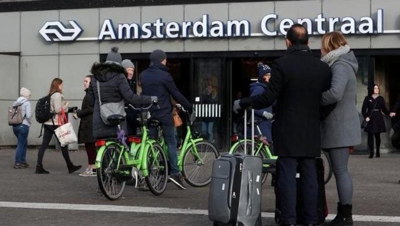 Hollanda'daki tren istasyonlarında sigara içmek ve satmak yasaklandı