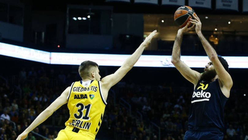 Fenerbahçe Beko Euroleague'de 10. galibiyetini aldı