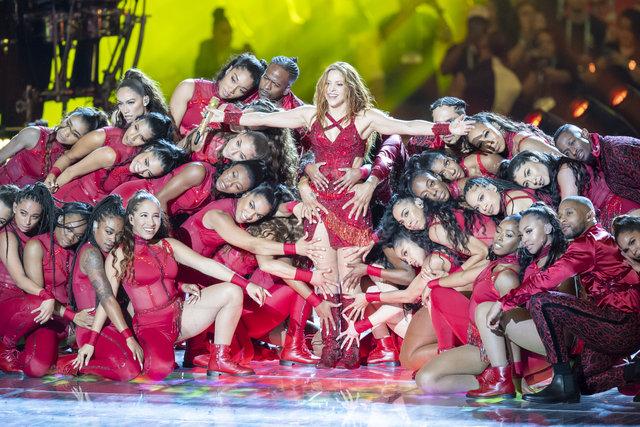 2020 Super Bowl devre arası şovuna Jennifer Lopez ve Shakira damgası