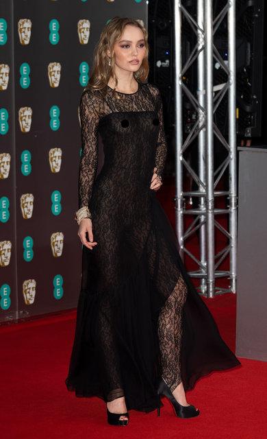 Lily-Rose Depp'in şeffaf tercihi
