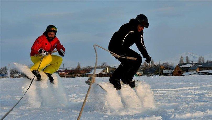 arazi aracıyla kayak