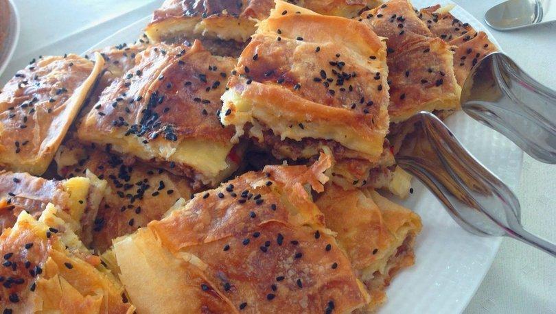 Kolay ve lezzetli ev böreği nasıl yapılır?