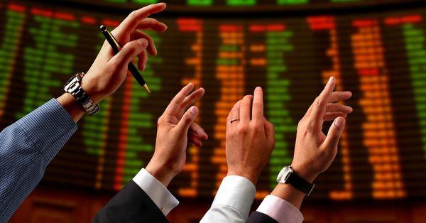 Yabancılar 313 milyon dolarlık hisse sattı