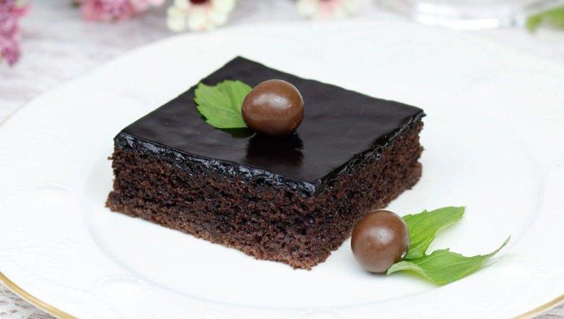 Kolay ıslak kek nasıl yapılır?