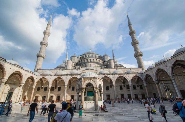 7 Şubat İstanbul Cuma namazı saati