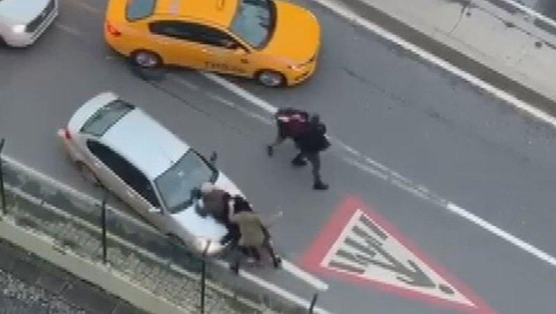İstanbul trafikte yumruk yumruğa kavga