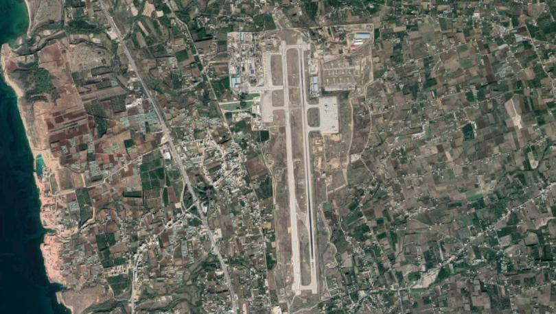 RIA: 172 yolculu uçak, Suriye'deki Rus hava üssüne acil iniş yaptı