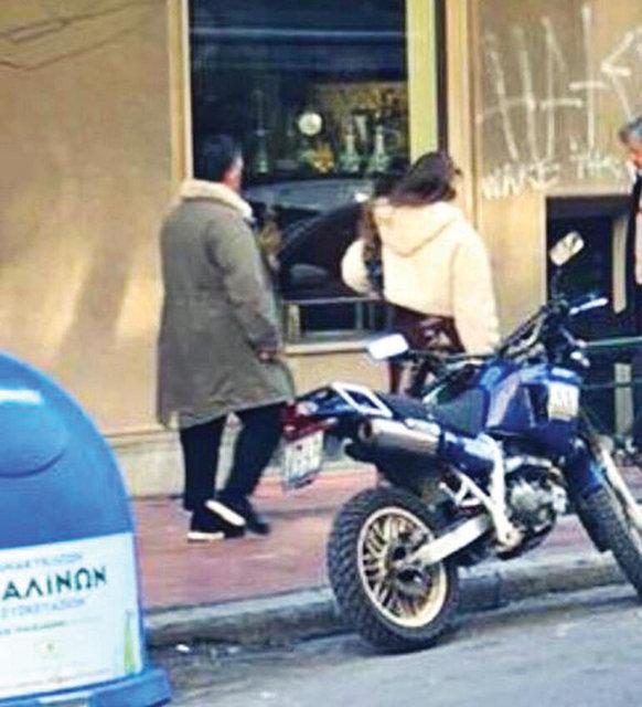 Cem Yılmaz Serenay Sarıkaya'nın son dakika aşk kaçamağı iddiası! Fotoğraflar Cem Yılmaz ve Serenay Sarıkaya'nın mı?