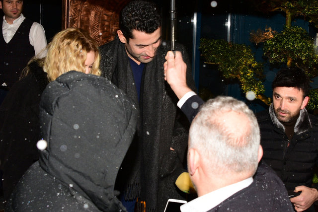 Kenan İmirzalıoğlu'nun cüzdanı eşi Sinem Kobal'a emanet - Magazin haberleri
