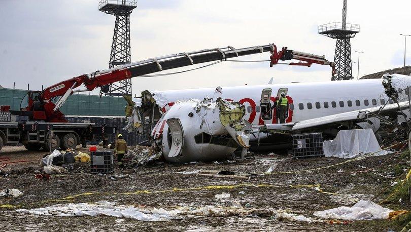 SON DAKİKA! Kaza yapan Pegasus uçağının pilotundan kötü haber!
