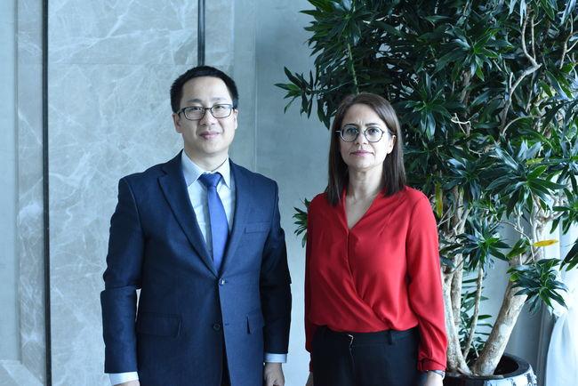 Çin İstanbul Başkonsolosluğu Ticaret Konsolosu Huang Songfeng, Haberturk.com Ekonomi Müdürü Naime Sert'in sorularını yanıtladı.