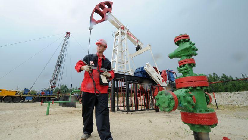 Brent petrolün varili 54,87 dolar