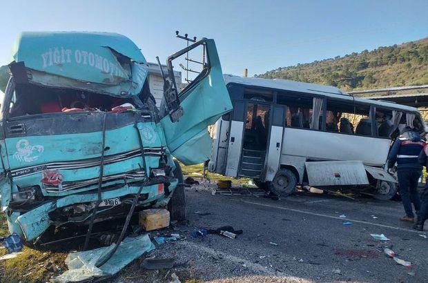 İşçi servisi ile kamyon çarpıştı! 4 ölü, 8 yaralı