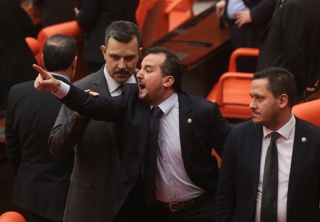 Meclis'te FETÖ'nün siyasi ayağı gerginliği