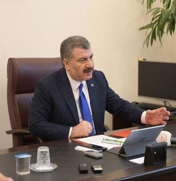 Sağlık Bakanı Fahrettin Koca, Covid-19 açıklaması yapıyor. Koca, Wuhan