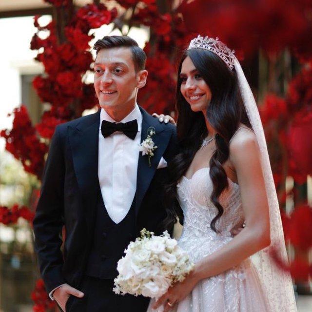 Müjdeli haber! Amine Gülşe hamile, Mesut Özil baba oluyor - Magazin haberleri