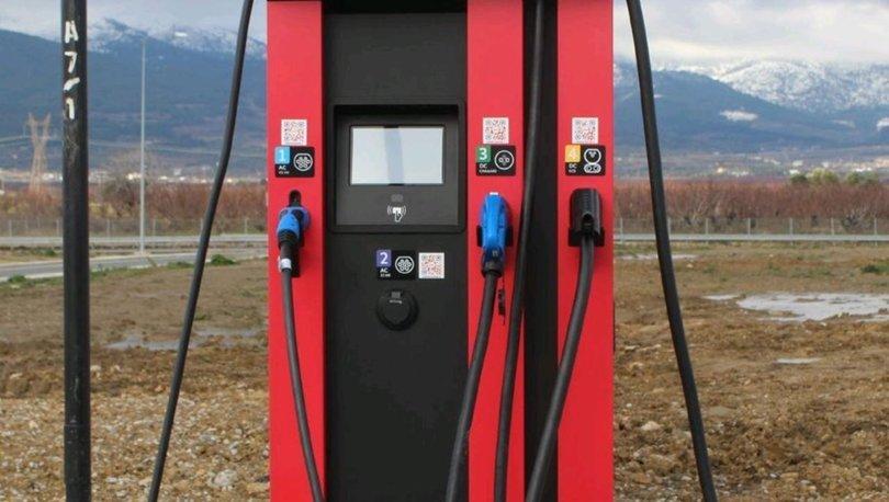 Elektrikli otomobilleri akaryakıt istasyonunda şarj edecek