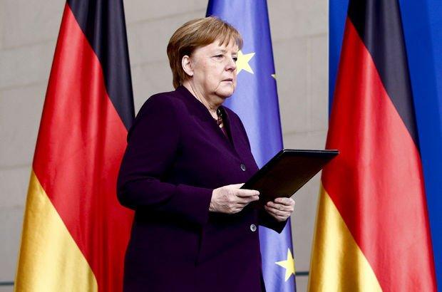 Merkel'den ırkçı saldırı için ilk açıklama!