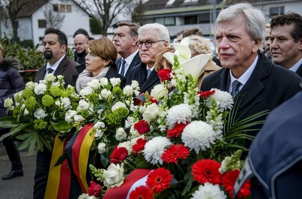Almanya'daki saldırıda hayatını kaybedenler için anma töreni