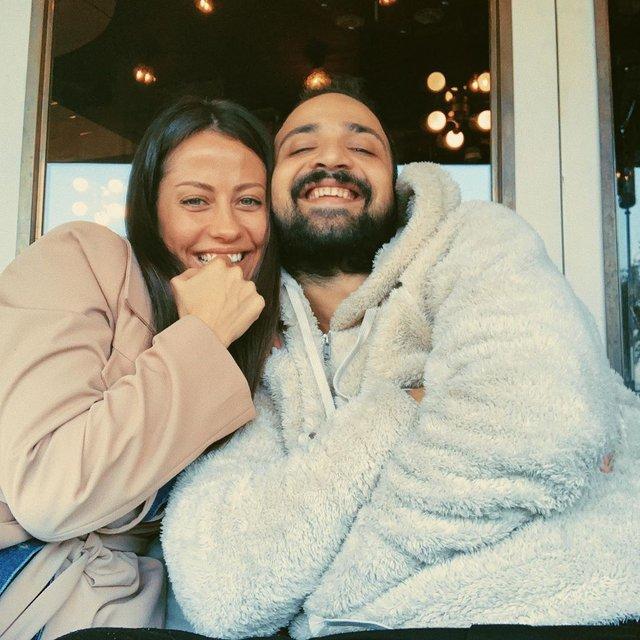 Derya Uluğ-Asil Gök çifti: Seneye evleneceğiz - Magazin haberleri