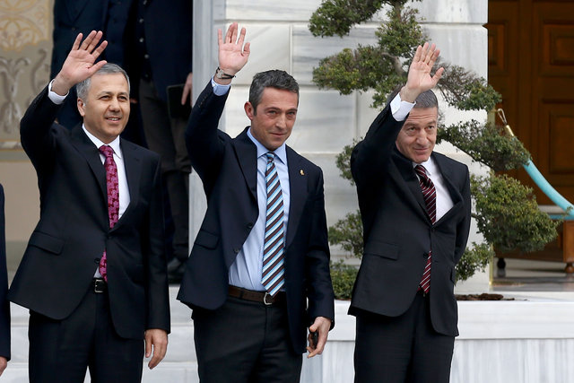 Dört büyük kulüp başkanları bir araya geldi!