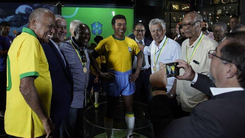 Brezilya'da 1970 Dünya Kupası zaferinin 50. yılı anısına Pele heykeli açıldı