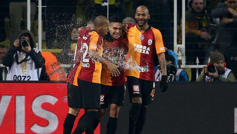 Galatasaray, deplasmanda derbi şansızlığını kırdı