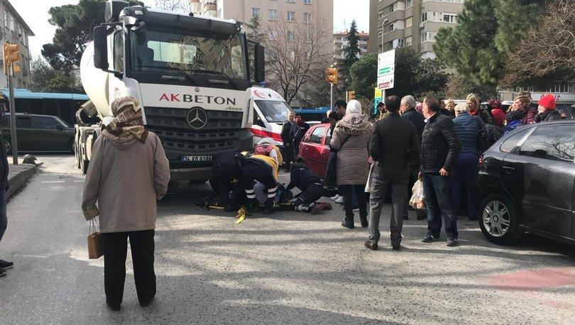 Kadıköy'de beton mikserinin çarptığı yaya yaralandı