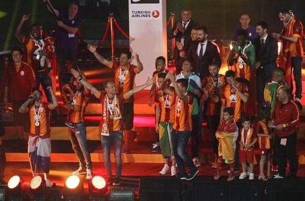 "Sneijder'den ""Ağlama"""