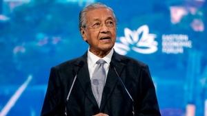 Mahathir Muhammed: Malezya başbakanı istifa etti