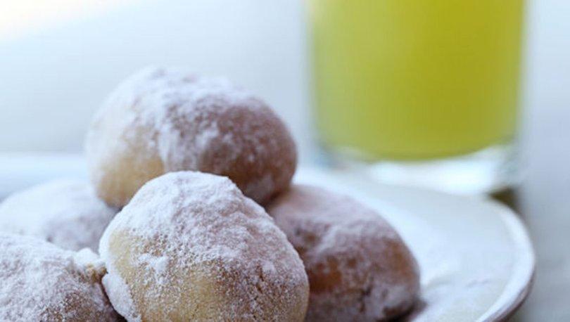 Evde leziz tadıyla bademli kurabiye tarifi, nasıl yapılır?