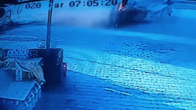 Son dakika haberi! Silivri'de feci kaza: Otomobil öğrencilere çarptı!