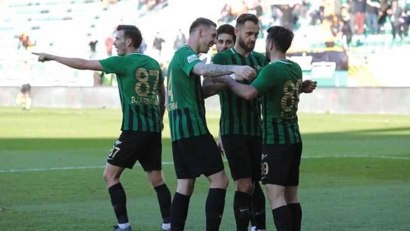 Akhisarspor 2 golle kazandı