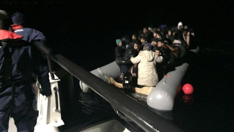 İzmir'de 98 düzensiz göçmen yakalandı