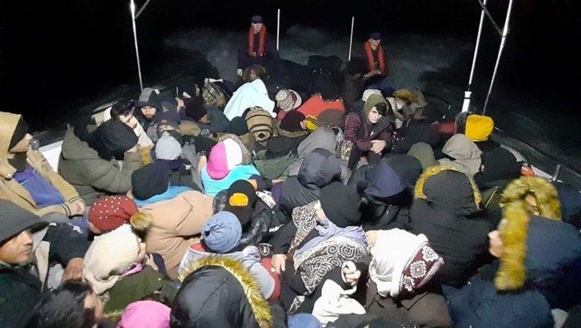 Aydın açıklarında 70 düzensiz göçmen yakalandı