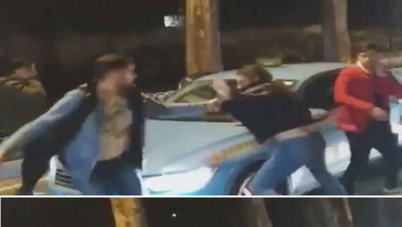 Trafikte kavga! Bir sürücü o anları çekti! Trafikte yumruk yumruğa!