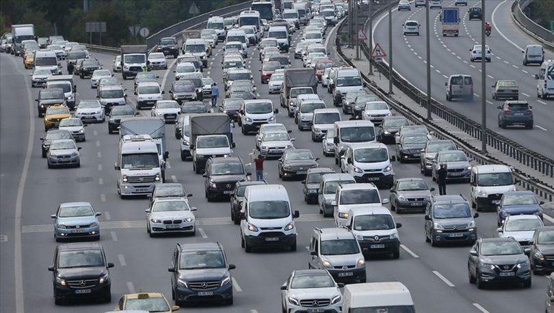Trafiğe kaydı yapılan taşıt sayısı ocakta yüzde 48,8 arttı