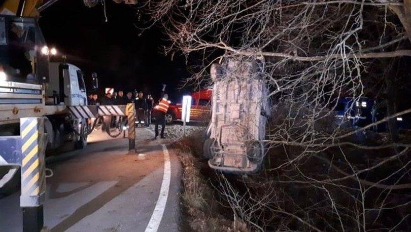 Kütahya'da otomobil köprüden uçtu: 2 ölü