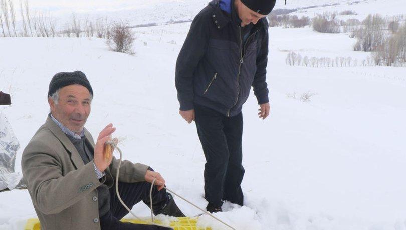 Köylülerin kayak keyfi