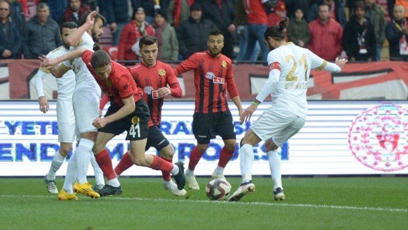 Eskişehirspor: 1 - Akhisarspor: 2 | MAÇ SONUCU