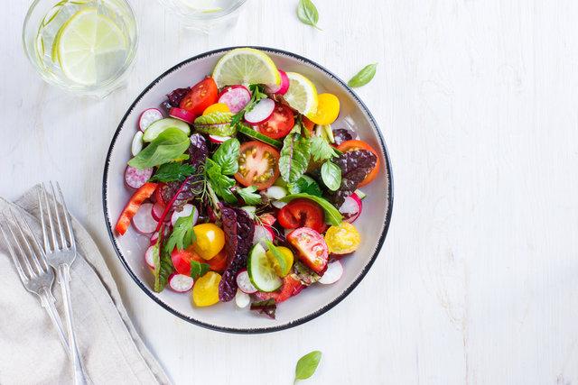Meyve ve sebzeyi az tüketenlerde kaygı bozukluğu riski artıyor - Haberler