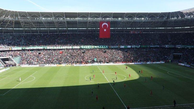 Kocaelispor, 3 puanı seyirci rekoru ile aldı