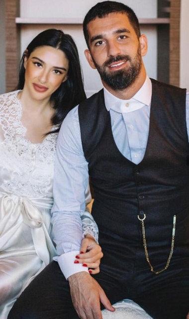 Arda Turan: Allah evlatlarımızı bizlere bağışlasın - Magazin haberleri