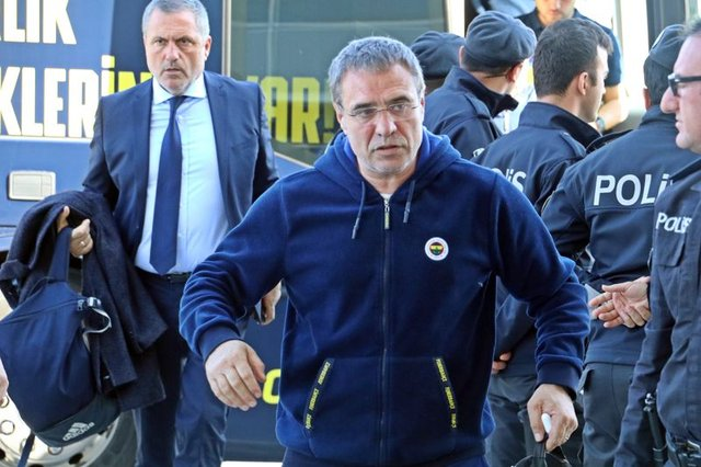 Fenerbahçe'de teknik direktör için 2 seçenek - HABERLER