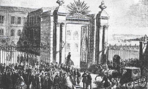 Bugün Galatasaray Lisesi olarak bilinen Mektebi Sultani bir dönem Mektebi Tıbbiye olarak kullanıldı.