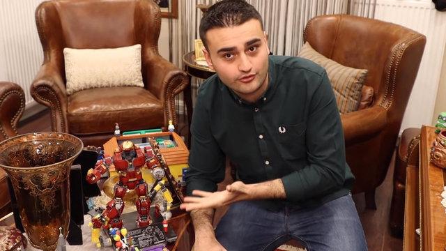 CZN Burak'ın oyuncak koleksiyonu! Burak Özdemir evinin kapılarını açtı Magazin haberleri